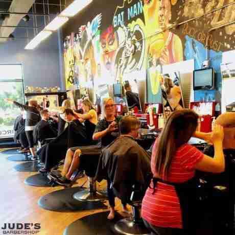 Lansing-frandor_barber-shops-near-me_MI_Lansing_3415-E-Saginaw-St_-460x460